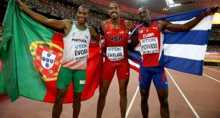 Taylor, oro en triple con 18.21, a 8 centímetros del récord mundial