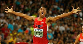 Eaton, 45.00 en 400 y a ritmo de récord mundial: 4.703 puntos