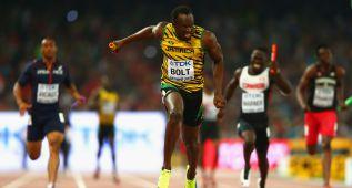 Jamaica arrasa en el relevo y Bolt suma su tercer oro mundial