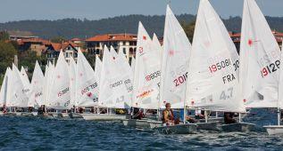 Casi 200 regatistas abren el Trofeo Artea-Escuela Ugarte