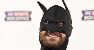 Tyson 'Batman' Fury monta el espectáculo ante Klitschko
