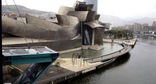 Máxima expectación en Bilbao para ver a los clavadistas