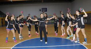 Michela Ciobanu, magisterio en el Alcobendas de balonmano