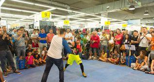"""Moreno llega a Vistalegre: """"El show forma parte del boxeo"""""""