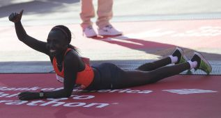Los kenianos Chumba y Kiplagat dominan la maratón de Chicago