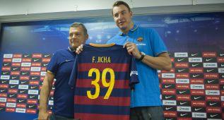 El Barcelona sabrá mañana si Jicha tendrá que operarse