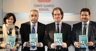 """Blanco: """"Este libro refleja las hazañas de nuestros ídolos"""""""