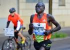 Dennis Kimetto, a por el récord de Wanjiru en Granollers