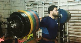 Cienfuegos, plusmarquista de martillo, levantó ¡300 kilos!
