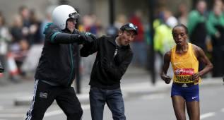 La alarma terrorista provoca un incidente al final de la carrera