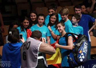 Carolina Marín y Bea Corrales, firmes hacia cuartos de final
