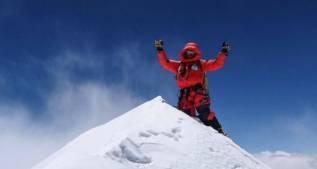Ferrán Latorre llega a la cima del Makalu sin oxígeno artificial