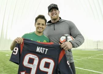 J.J Watt, con la selección mexicana en la Copa América