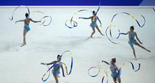 España: plata en 3 mazas y 2 aros y bronce en 5 cintas