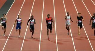 Bolt vuela en los 200 metros y Hortelano pulveriza el récord