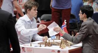 Tercera txapela para Carlsen, que llega pletórico al Mundial