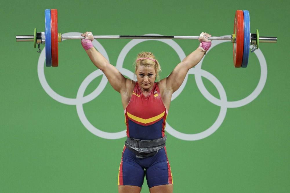 Lidia Valentin Aseguró Su Medalla Después De Levantar Al Tercer Intento 116  Kg De Peso