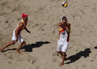 Herrera y Gavira caen en la caldera de Copacabana