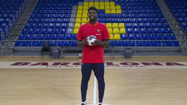 """Dika Mem: """"He venido al Barça para crecer como jugador"""""""