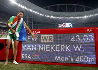 Van Niekerk deslumbra en Río y bate el récord de Johnson