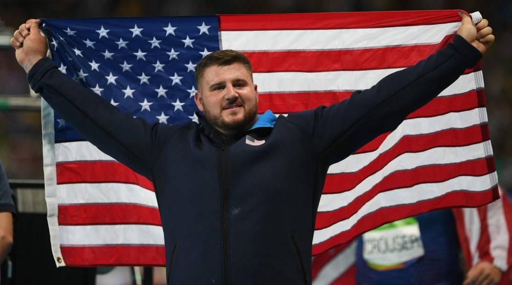 Crouser es el nuevo campeón olímpico de lanzamiento de peso