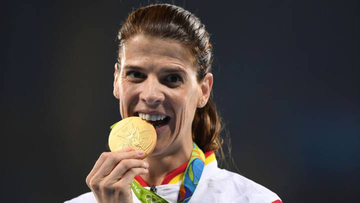 Ruth Beitia toca el cielo: ¡oro!