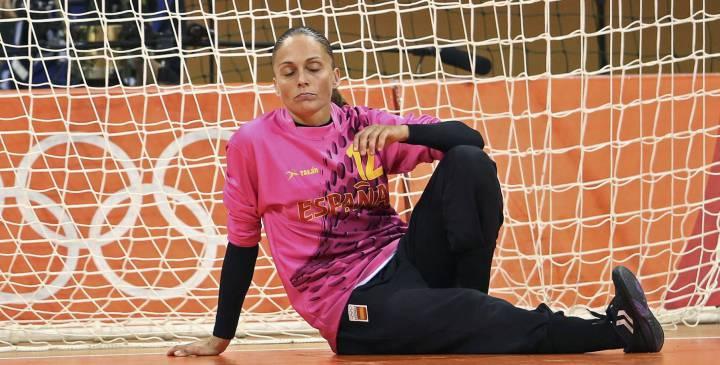 El Rocasa intenta evitar la retirada de Silvia Navarro