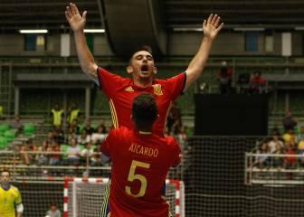 España exhibe pegada ante Irán y gana su debut en el Mundial