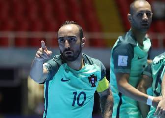 Primer show de Ricardinho: le metió 6 goles a Panamá