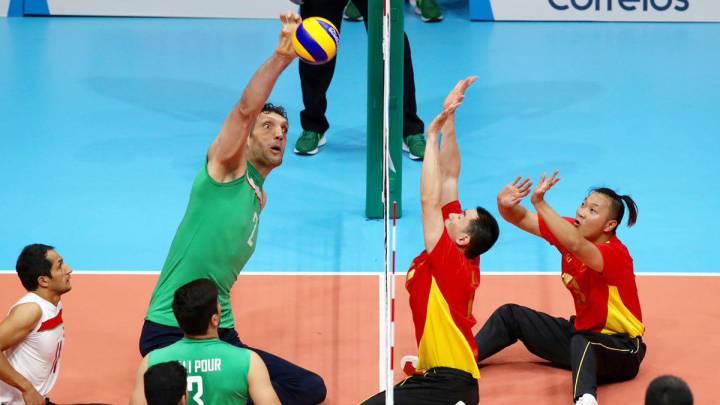 Morteza Mehrzad: El gigantón iraní que domina en voleibol