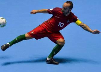 Imparable Ricardinho: hat-trick y Portugal pasa como primera