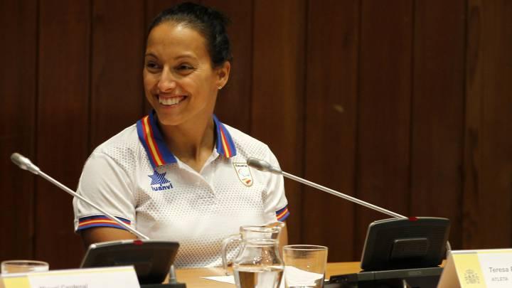Teresa Perales puede igualar aún a Phelps: \