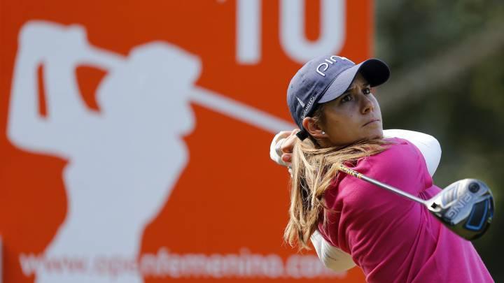 Azahara Muñoz se coloca en cabeza del Open de España