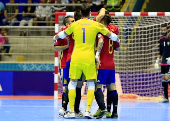 España llega en cuadro a la batalla ante Rusia