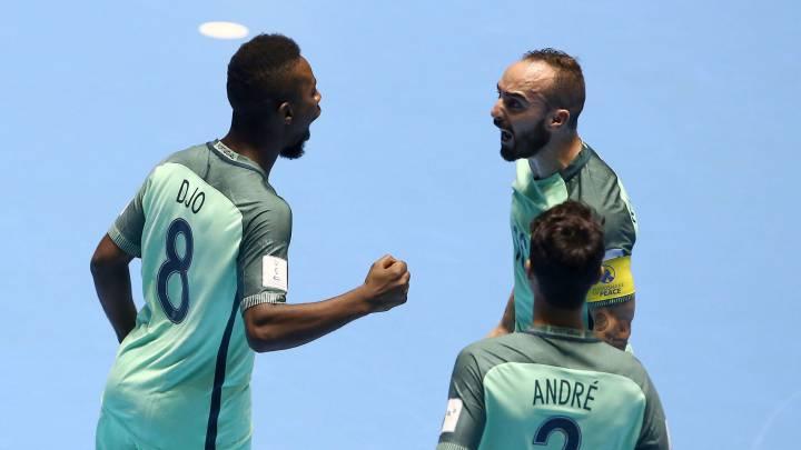 Ricardinho se luce, Portugal pasa y ya hay semifinales