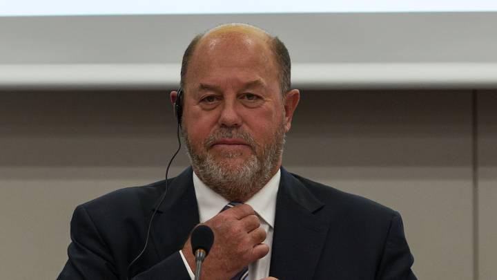 Antonio Espinós, seis años más\r\nal frente de la Internacional