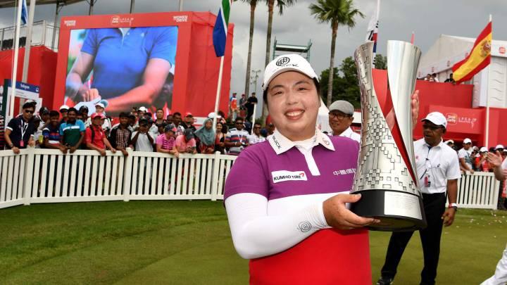 Azahara Muñoz acabó quinta en la victoria de Feng en Malasia
