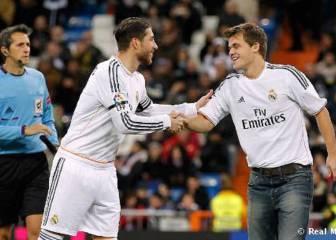 Ramos felicita al campeón de ajedrez y le cita en el Bernabéu
