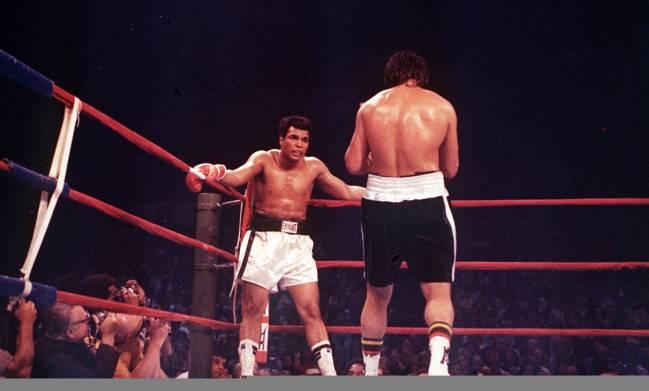 Imagen del combate entre Alfredo Evangelista y Muhammad Ali en 1977.