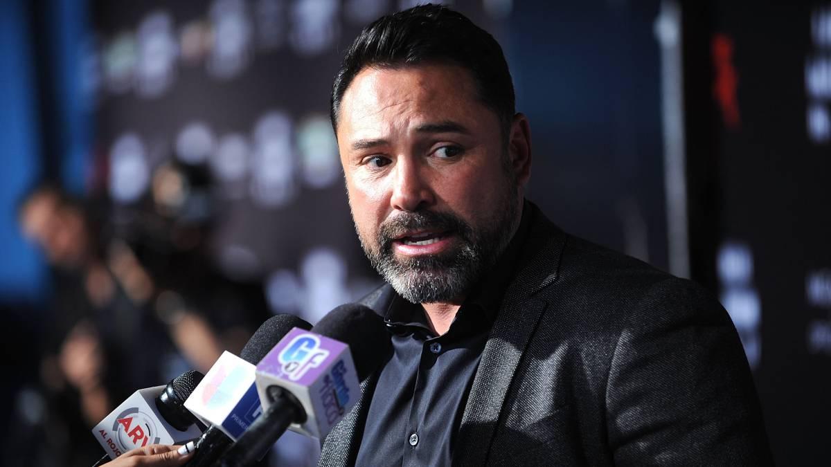De la Hoya quiere regresar al boxeo para noquear a McGregor