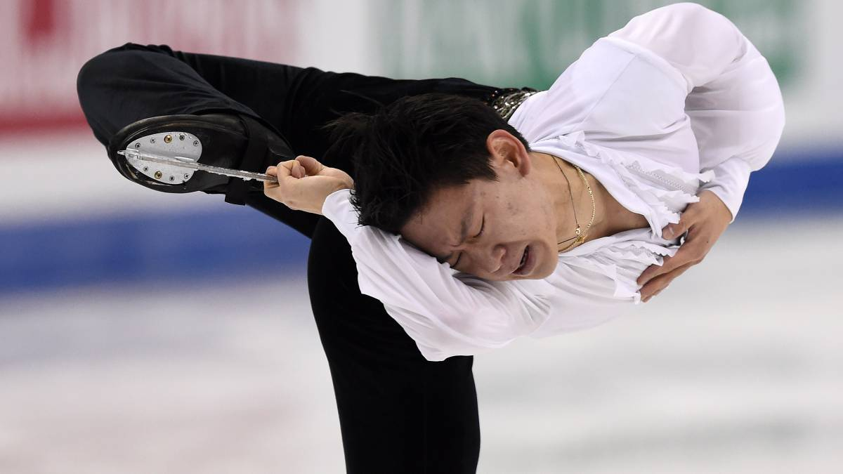 Olympic figure skater stabbed to death in vehicle mirror theft