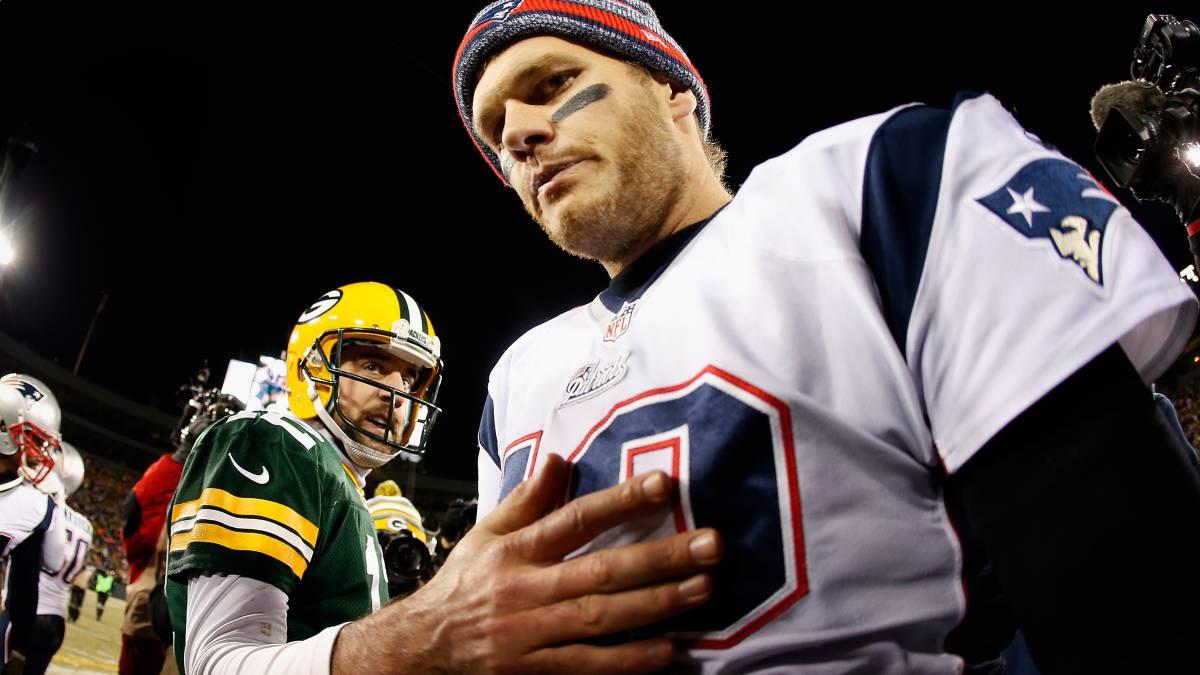 Tom Brady y Patriotas le pegan a Emapacadores de Aaron Rodgers — NFL