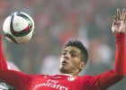 Raúl Jiménez jugó todo el partido; Benfica perdió 0-3