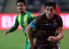Herrera fue capitán, el PSV no cede y Vela aún no aparece
