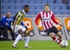 Con Moreno y Guardado, el PSV vence al Vitesse