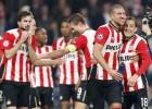 El PSV remonta al Heracles con 10 y avanza de ronda en Copa