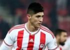 Alan Pulido no jugará el domingo en Grecia con el Olympiakos