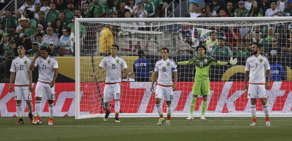 ¡Puro Chile! México humillado y echado de la Copa América