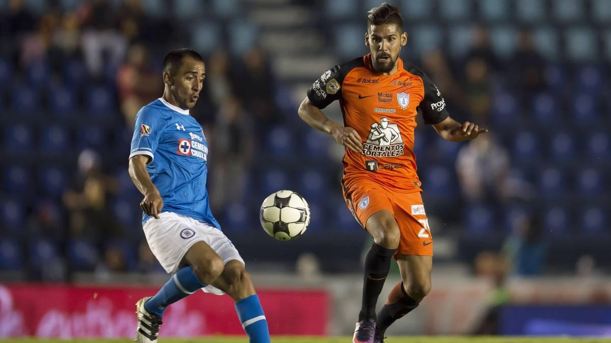 """Arquero del Pachuca marca golazo al último minuto para empatar el partido"""""""