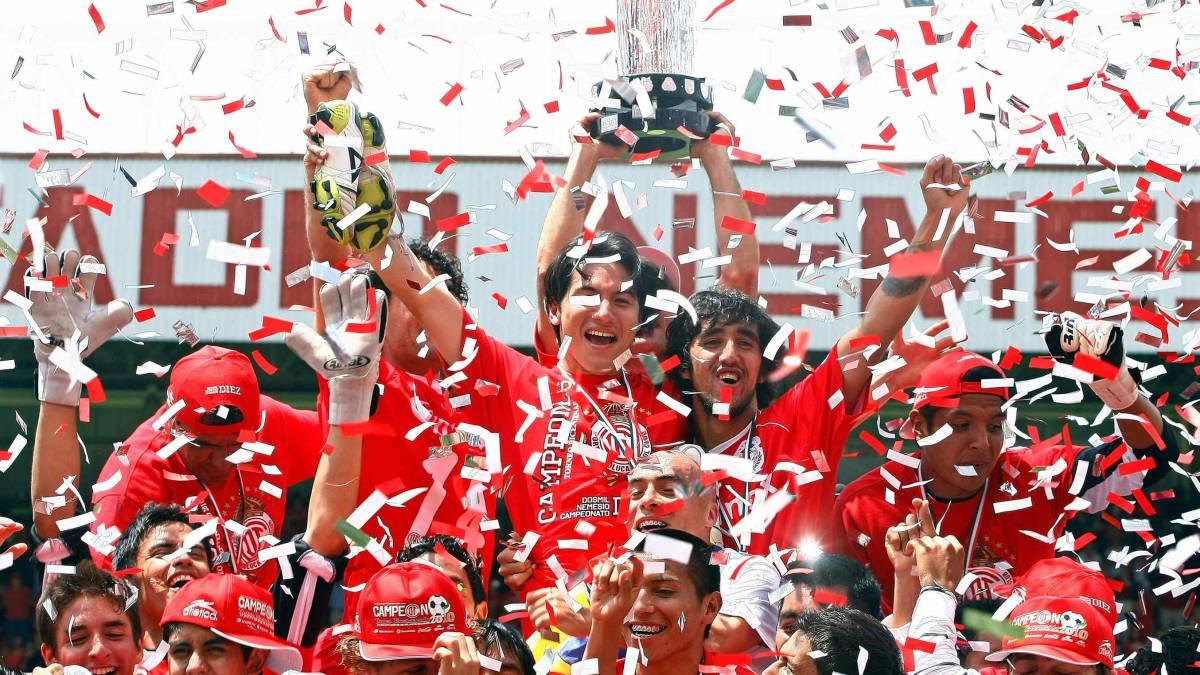 Chivas Saca Empate que le da Ventaja Contra Toluca